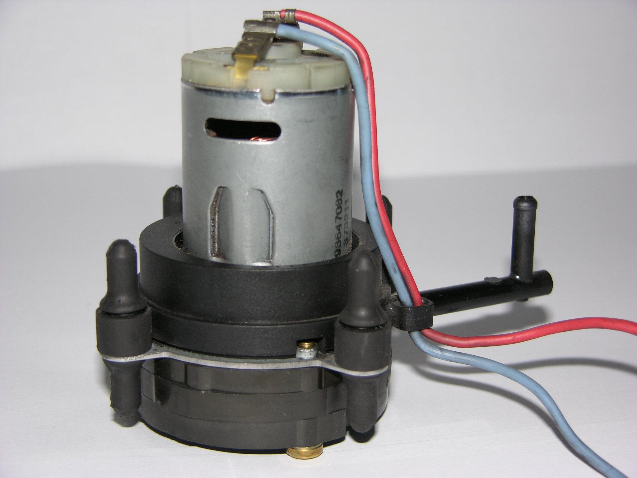 компрессор насос центральный замка audi a3 a4 a6