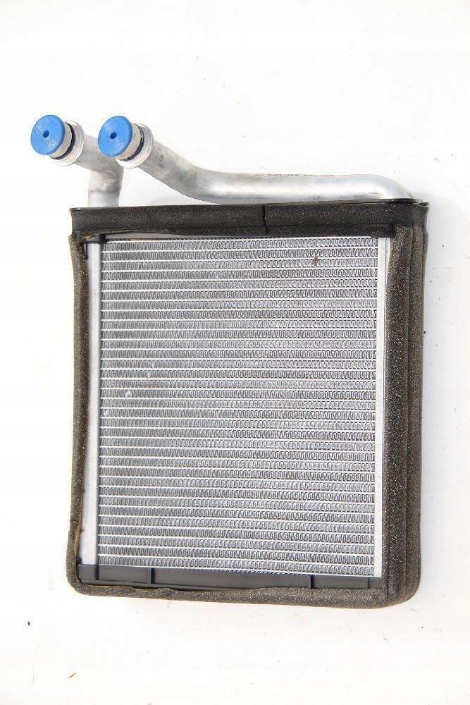 новая радиатор нагреватель vw passat b6 3c0819031a