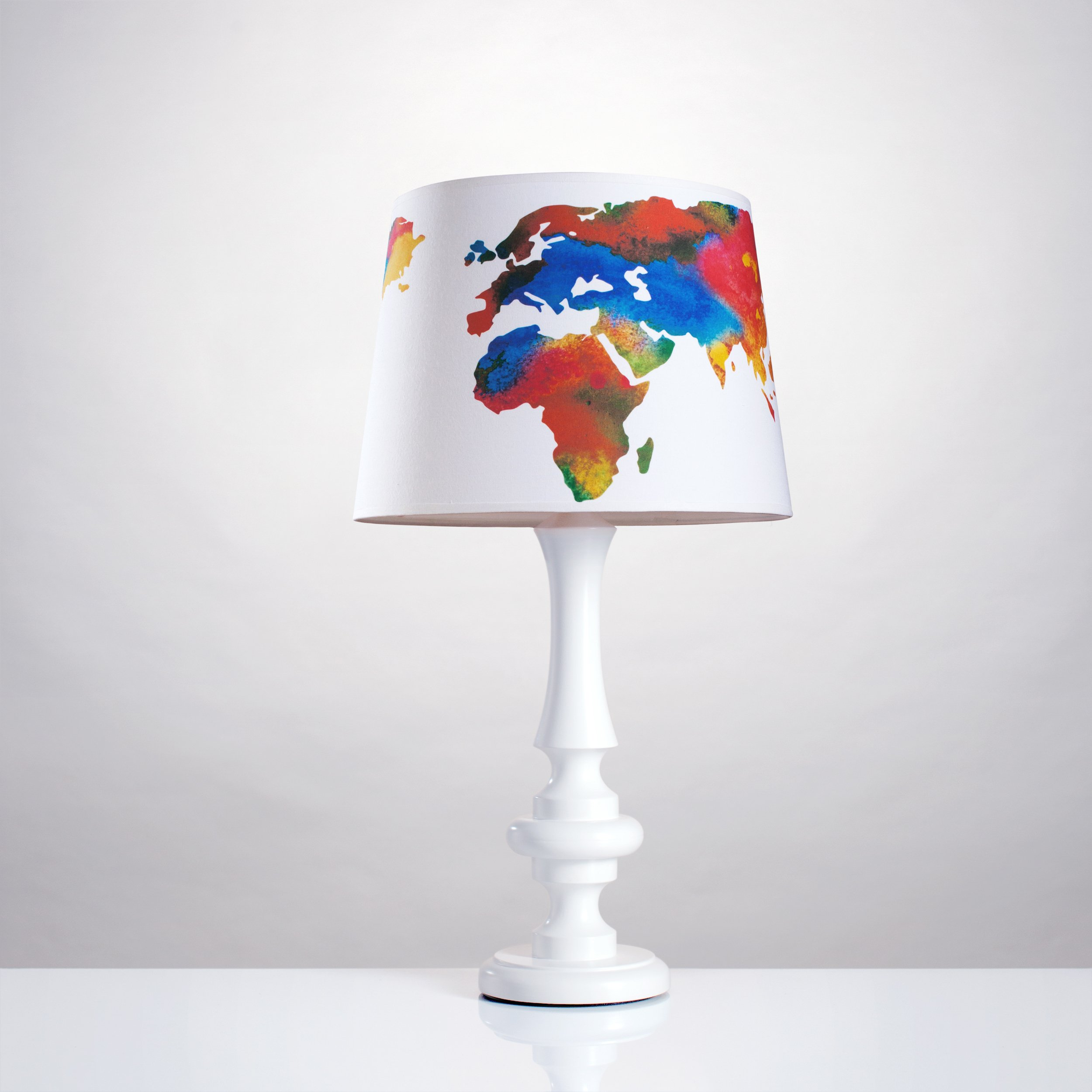 Stolná lampa Mape Sveta veľká noc lampa poľský
