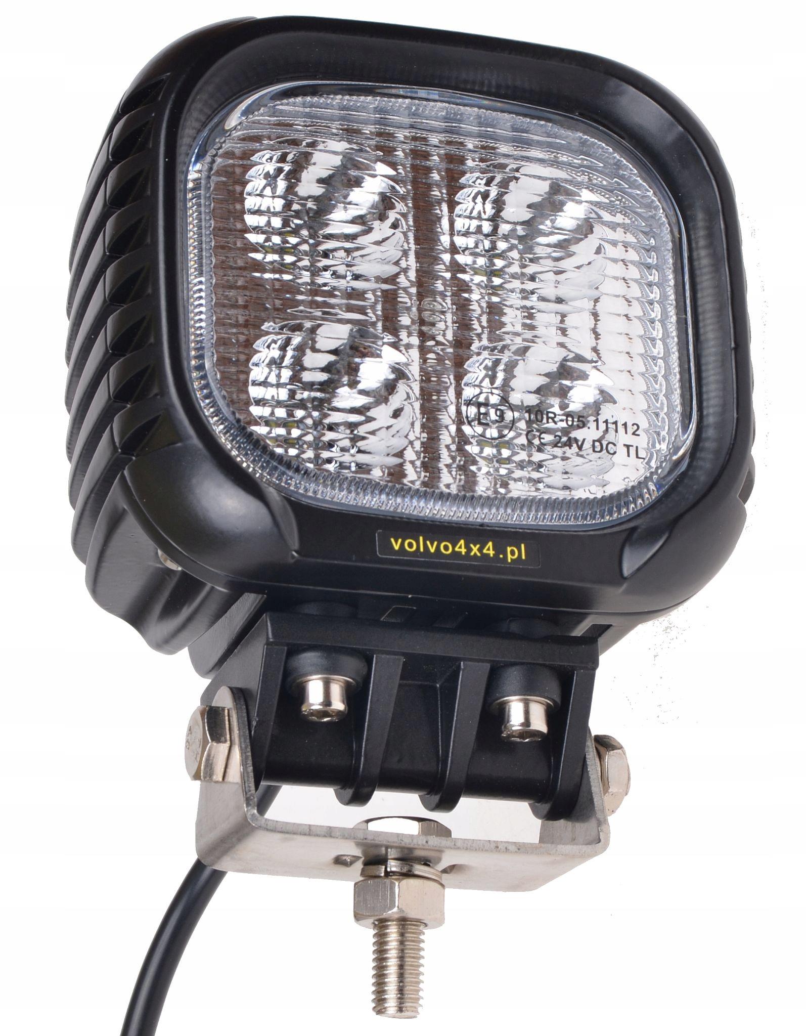 HALOGEN LAMPA ROBOCZA LED 40W CIĄGNIK KOMBAJN 4x4