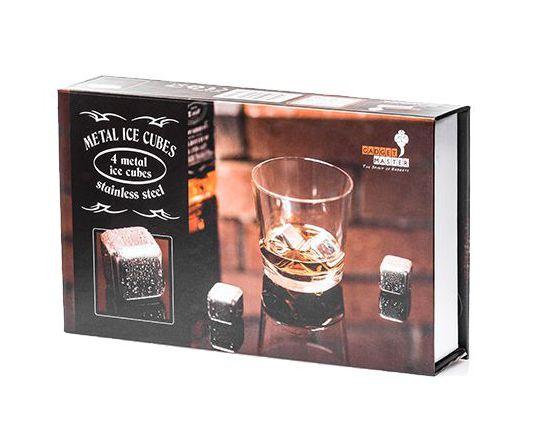Kovové kocky pre nápoje whisky namiesto ľadu