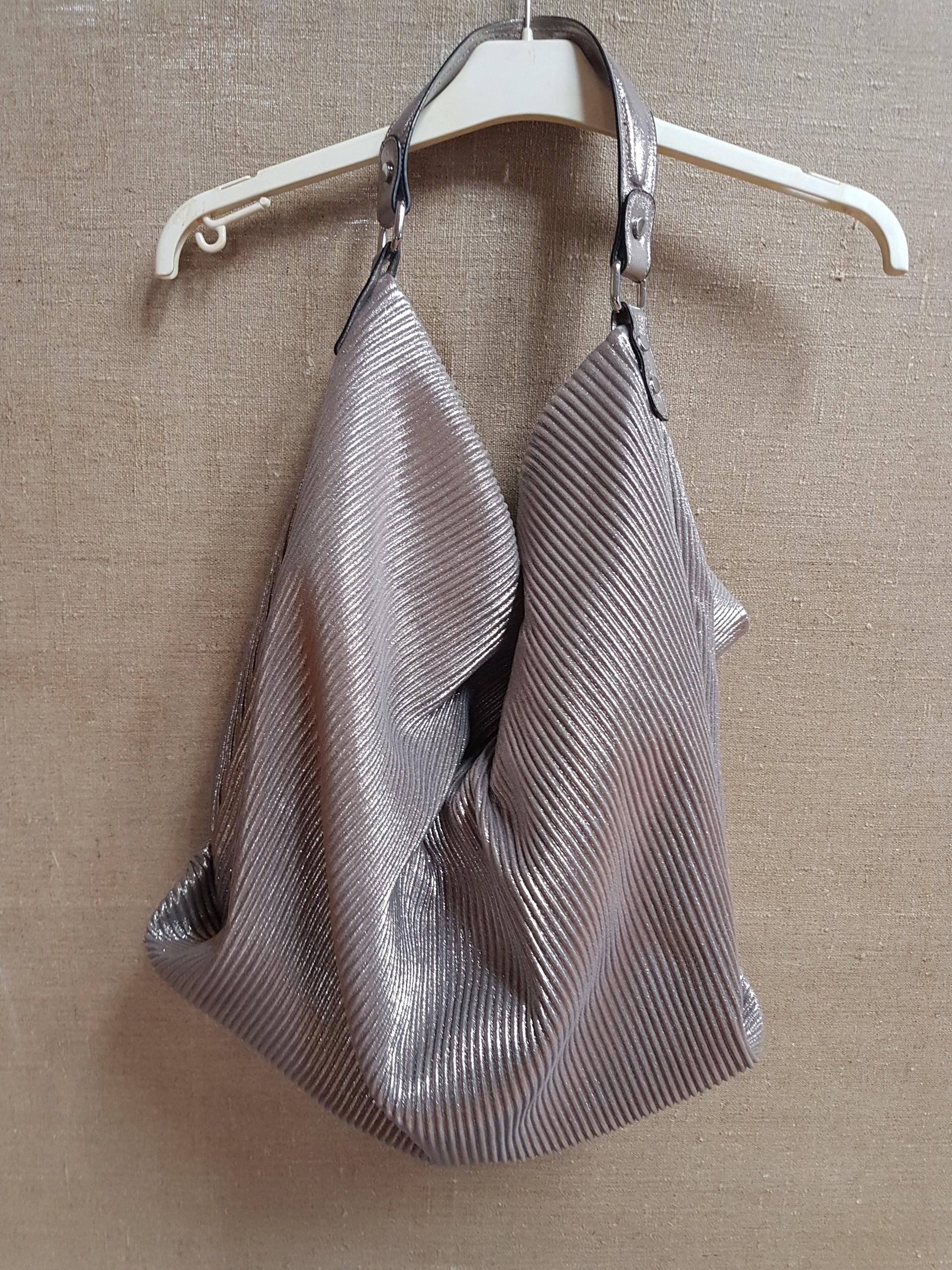 45fc08a567bd3 Reserved srebrna torba XXL worek cudo nowa - 7473097216 - oficjalne ...