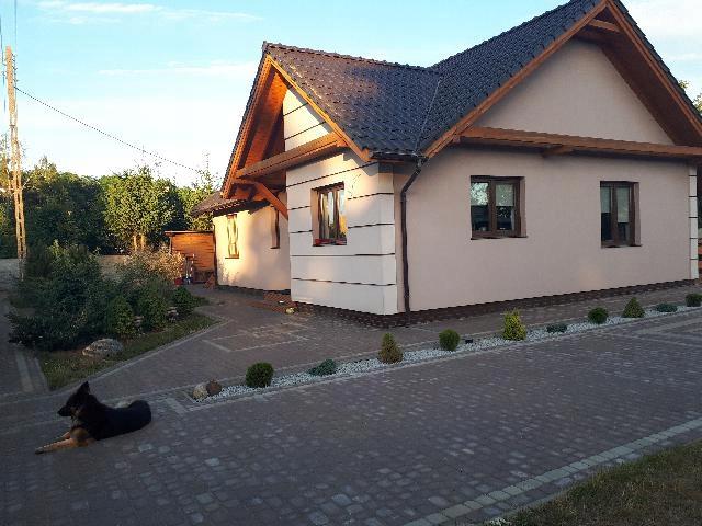 Dom wolnostojący parterowy 160 m2/działka 1200m2