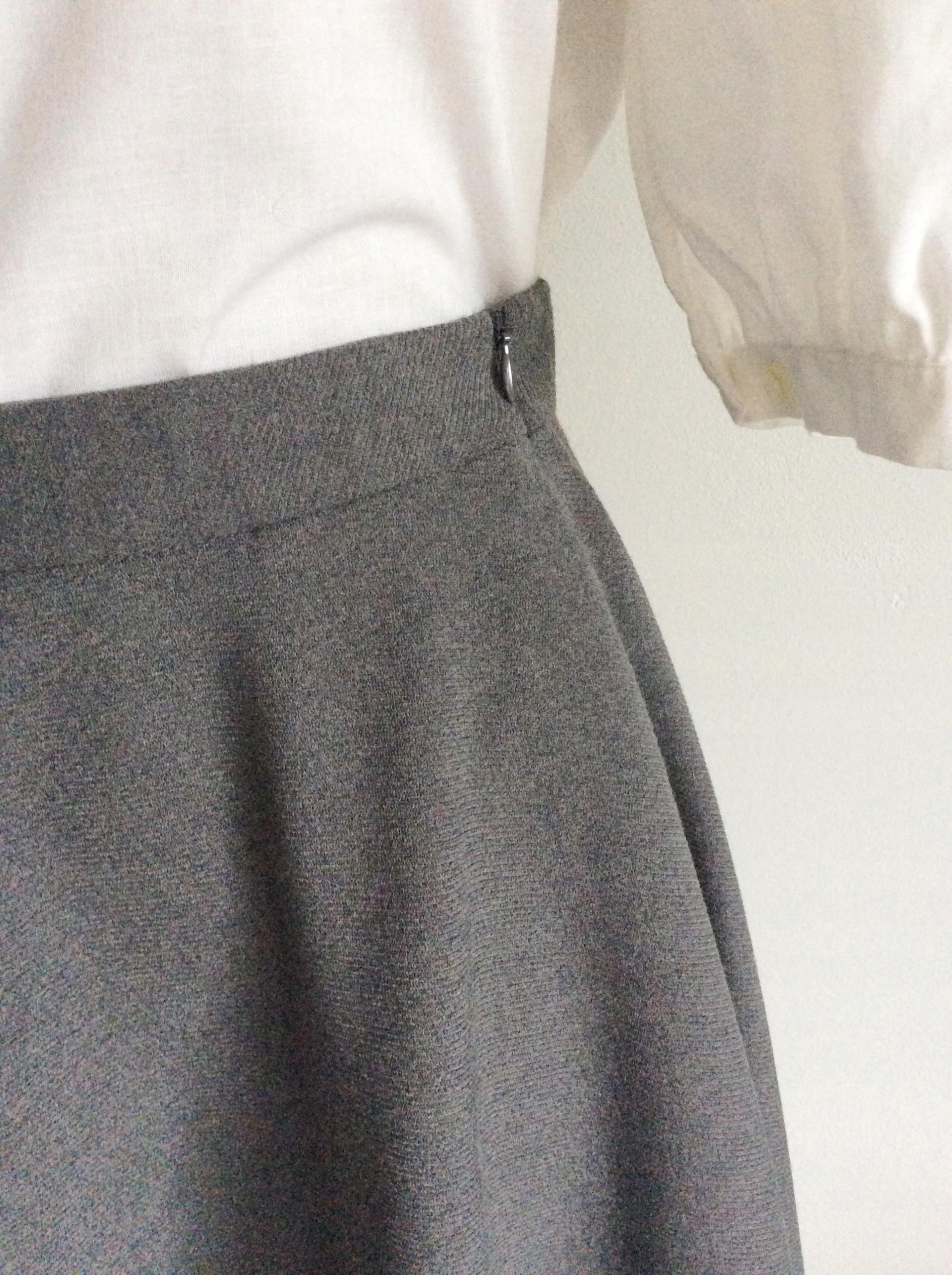 c95e150c92a577 Szara retro spódnica w stylu lat 50 Mohito - 7691797212 - oficjalne ...