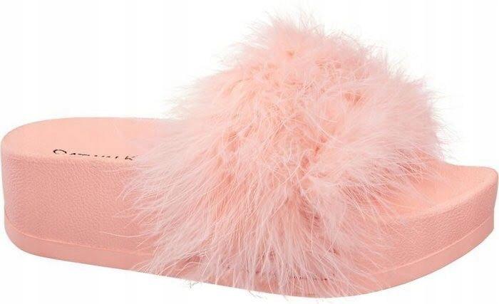 Catwalk różowe klapki z futerkiem rozm. 38