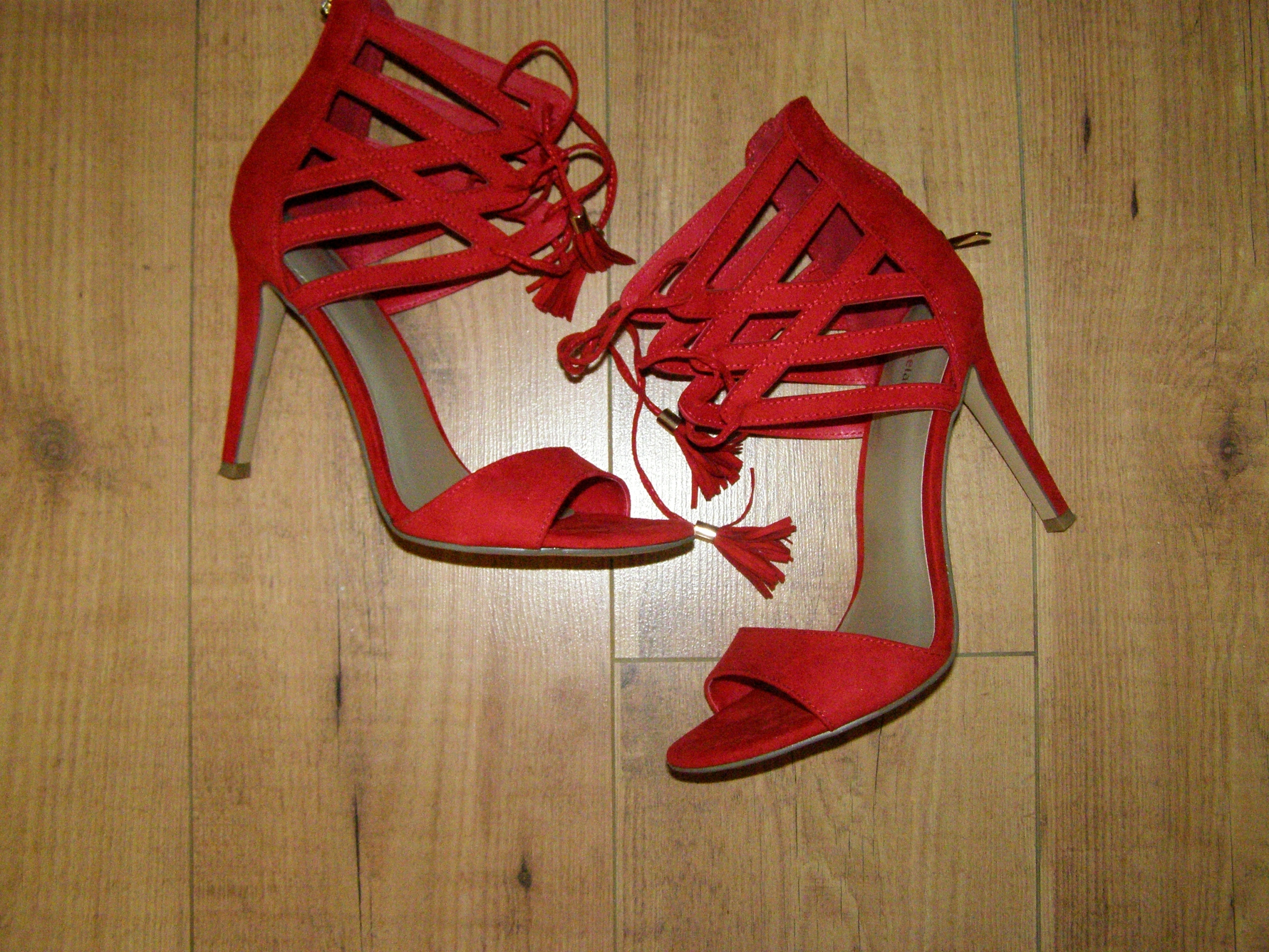 9e371441ff648 czerwone sandały szpilki r. 39 - 7526274839 - oficjalne archiwum allegro