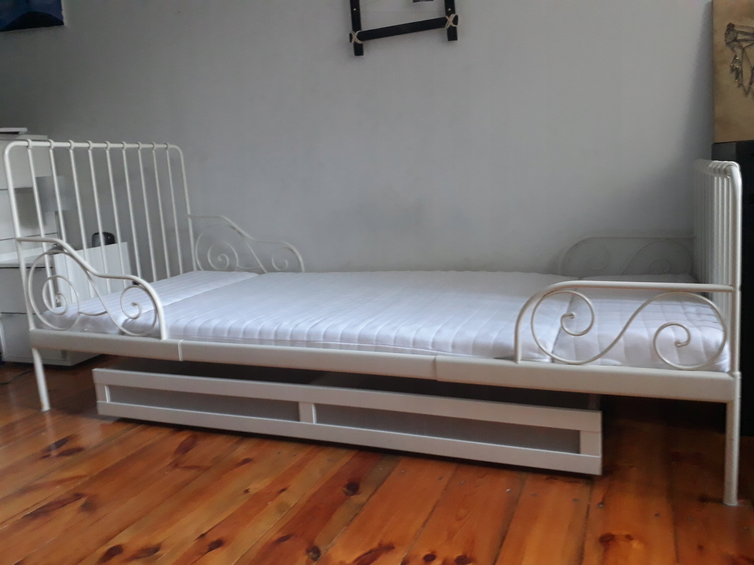łóżko Ikea Minnen Dla Dziecka Metalowe