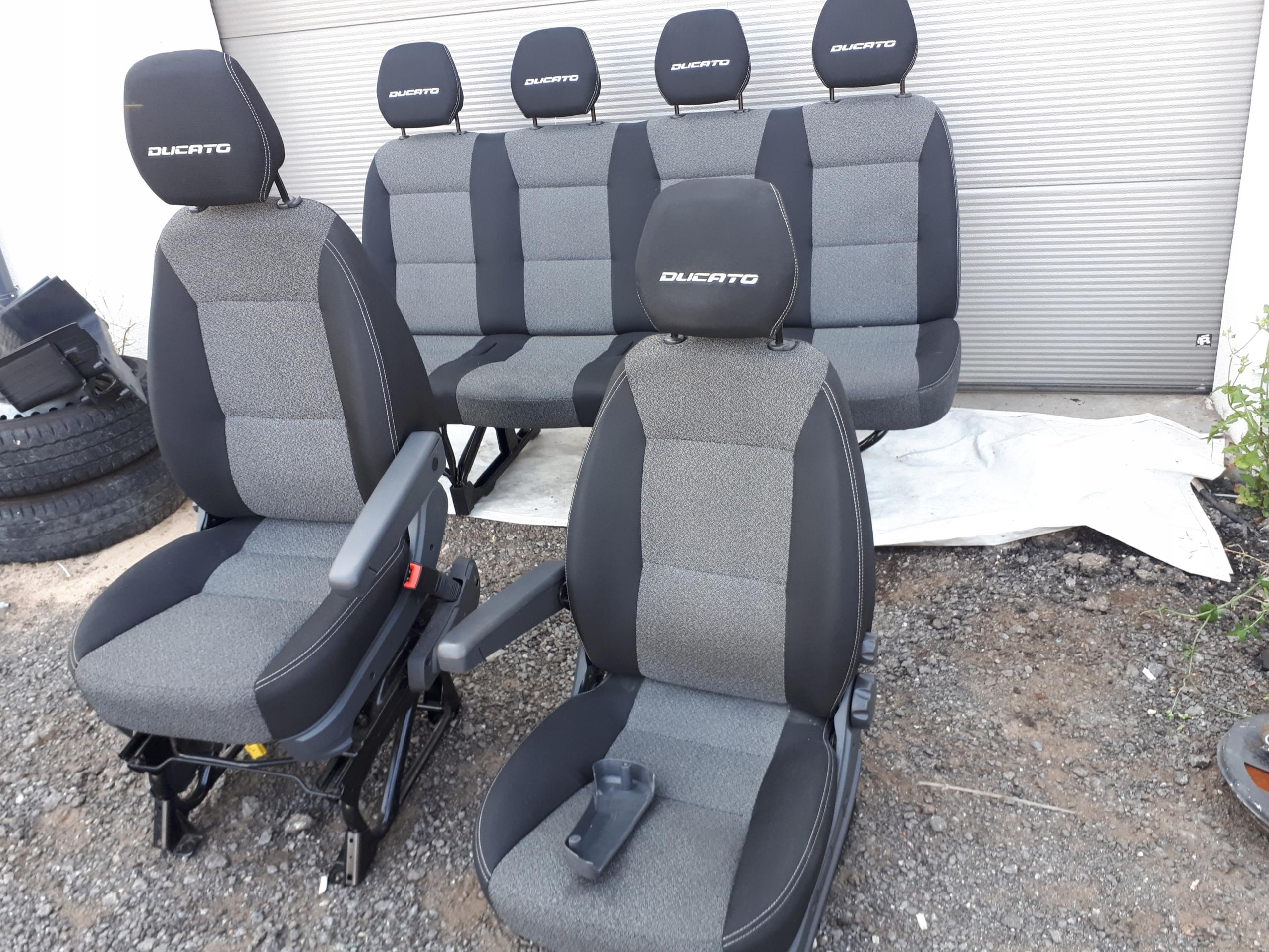 Kompletne Wnętrze Fiat Ducato 6 Osób Fotele Kanapa