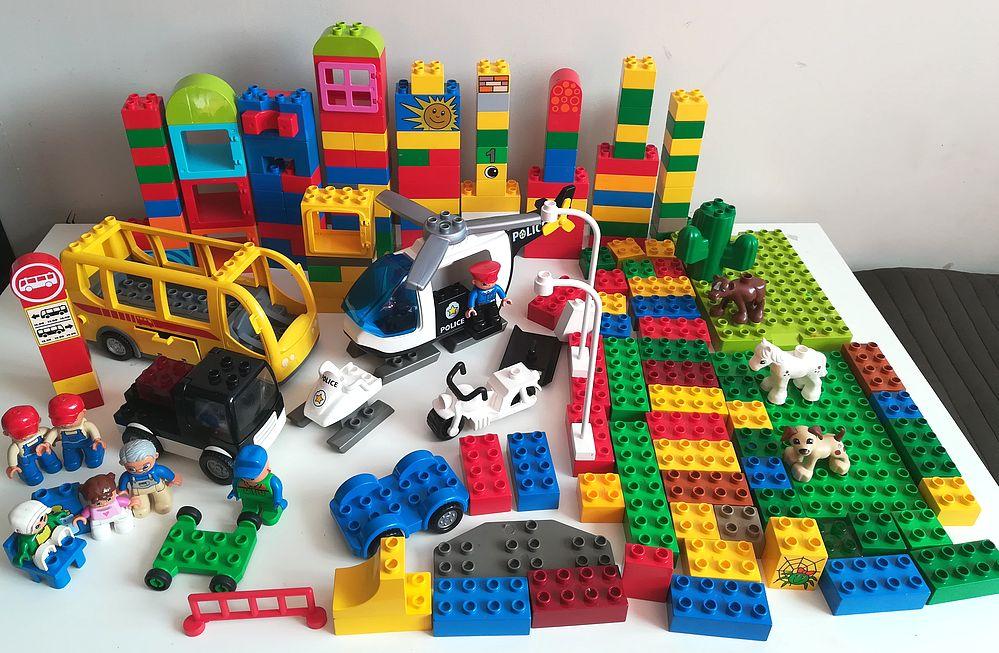 Klocki Lego Duplo Policja Autobus Helikopter 7363659412