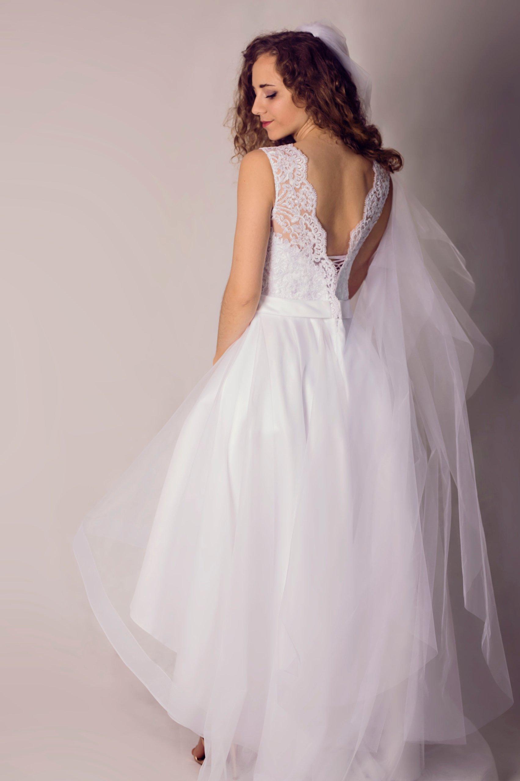 07ec827964 Asymetryczna suknia ślubna. Idealna! - 7383426526 - oficjalne ...