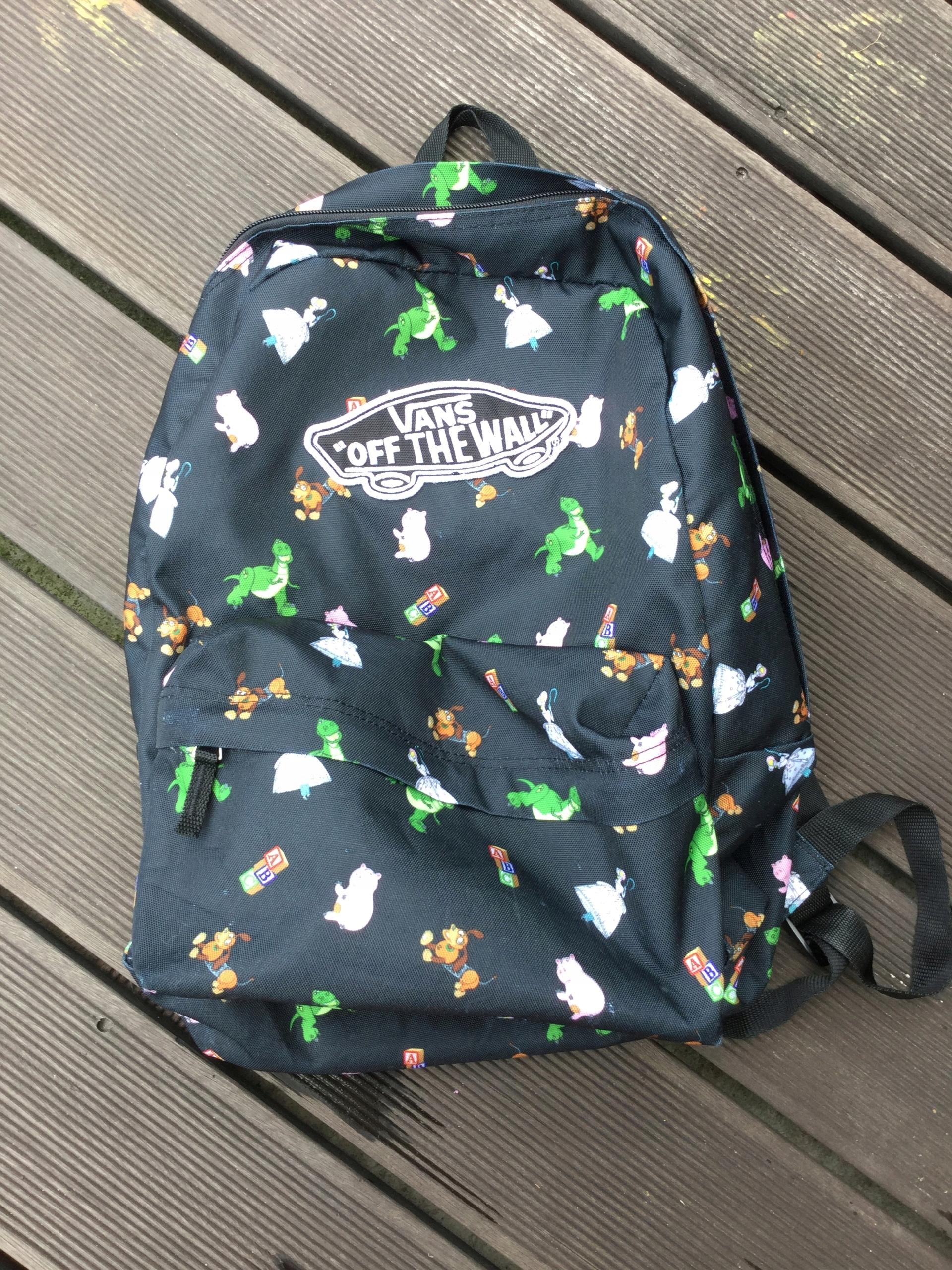 2d80e7cc94422 Plecak VANS z motywem z bajki Toy story - 7511387200 - oficjalne ...