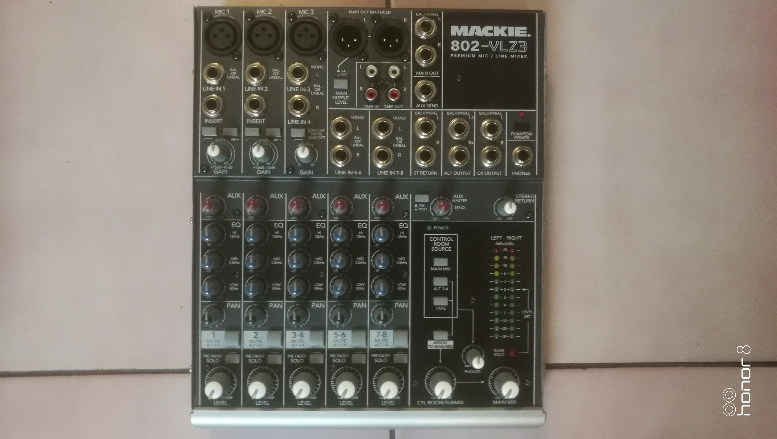 Mixer - Mackie 802 - VLZ3