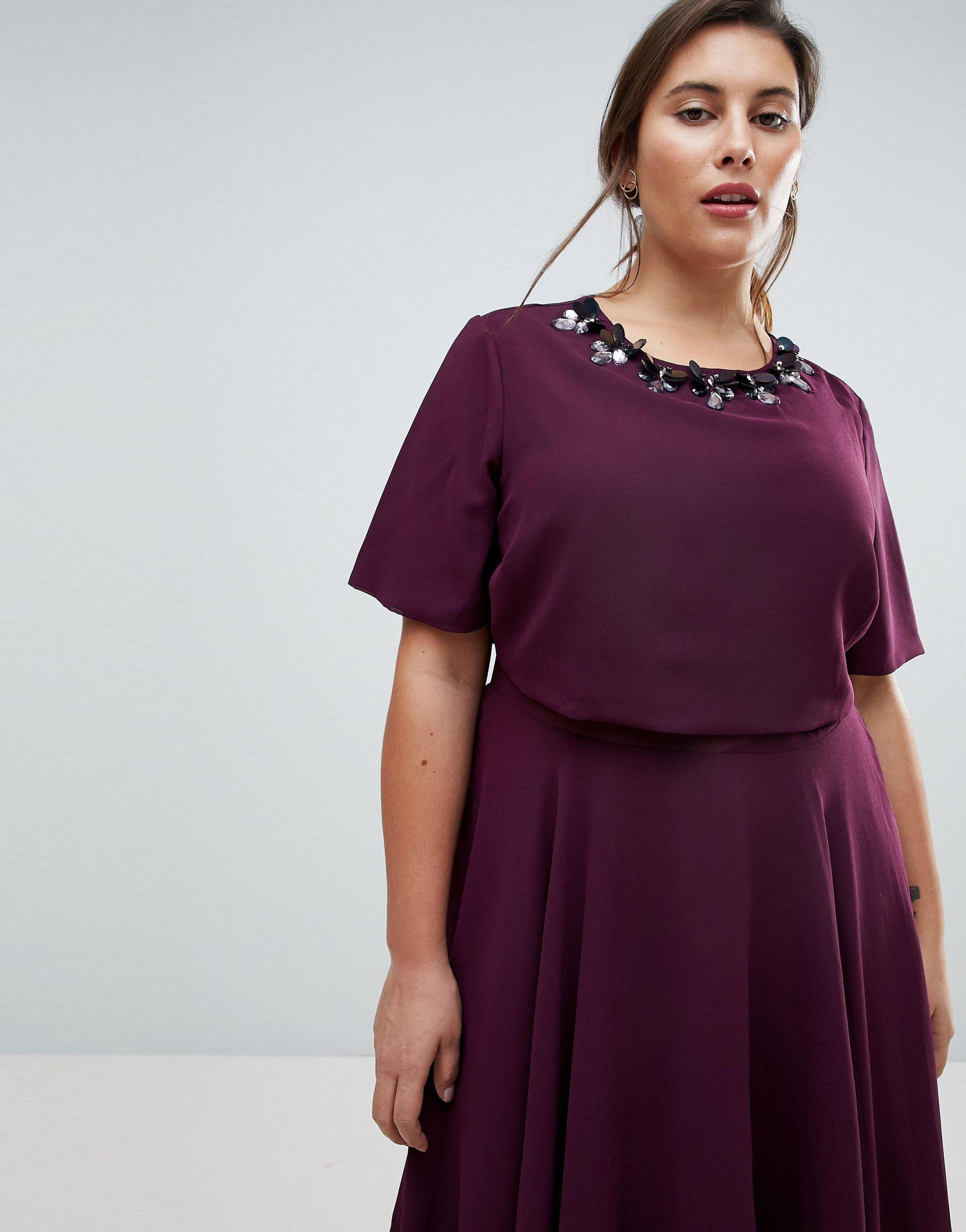 a28b9220d7 Fioletowa midi rozkloszowana sukienka 6XL 52 - 7322329273 ...