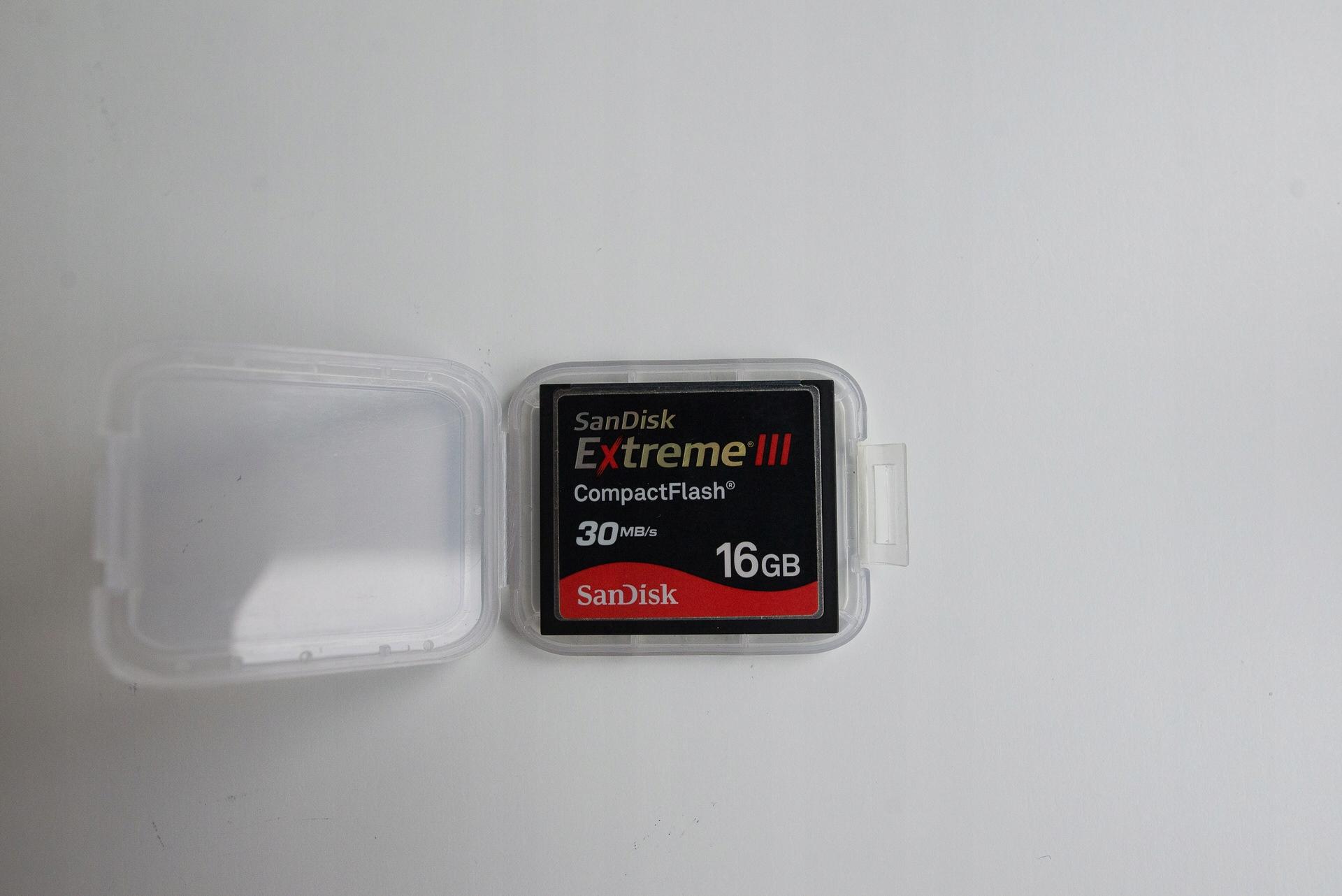 SanDisk Extreme III 16GB 30mb/s