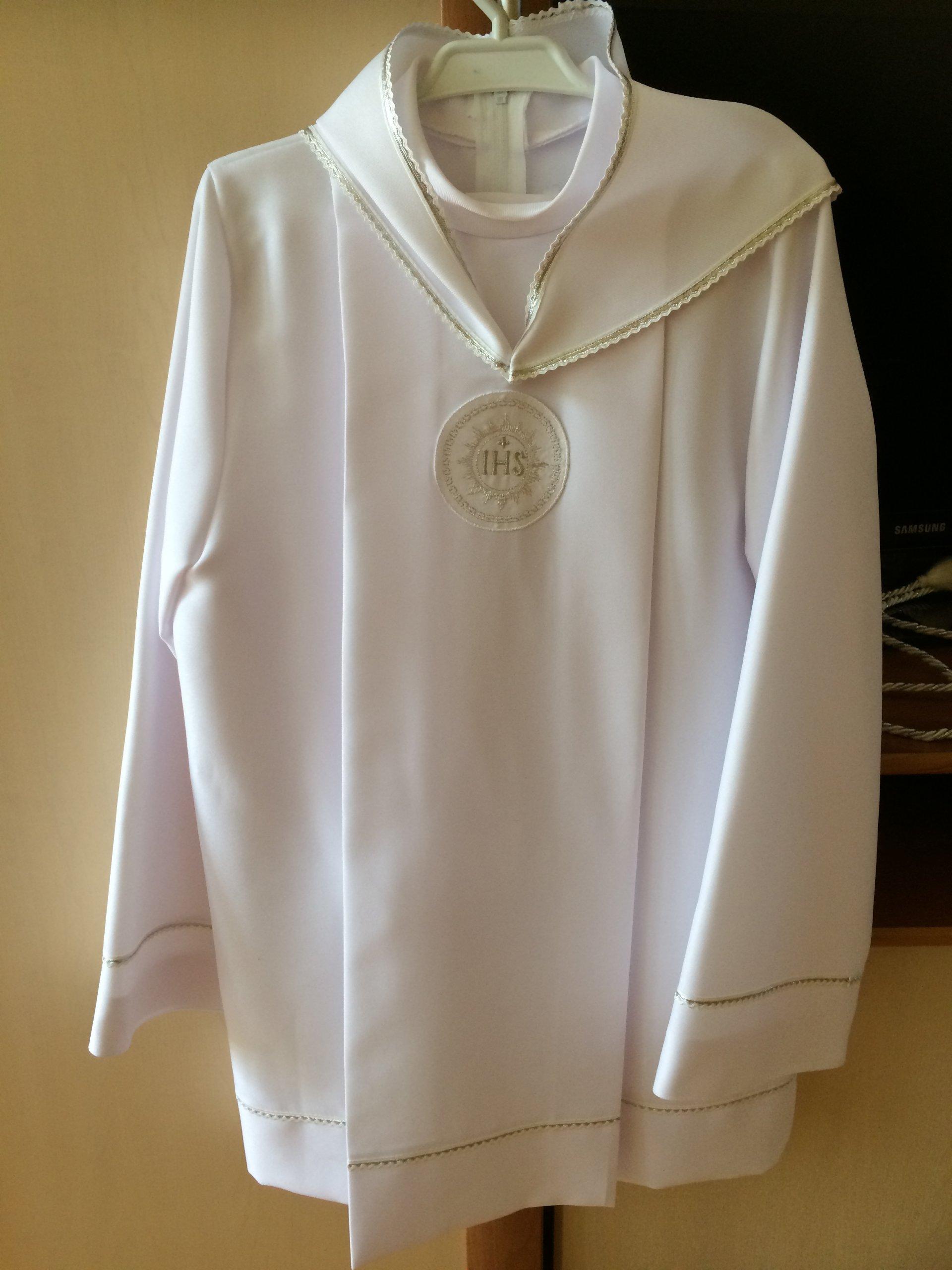 86e5fb96f9 Alba komunijna krótka ze spodniami dla chłopca - 7109445322 ...