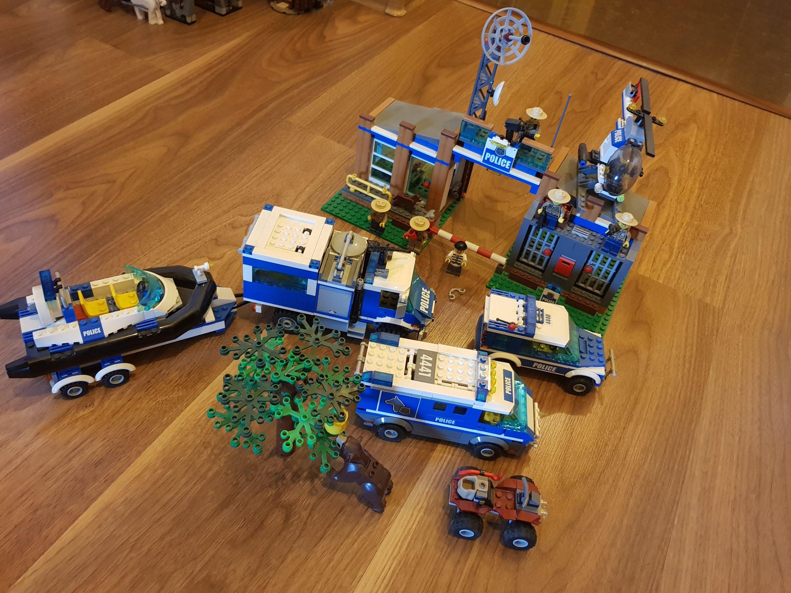Lego City Policja Leśna Zestawy 420544404441 7377532233