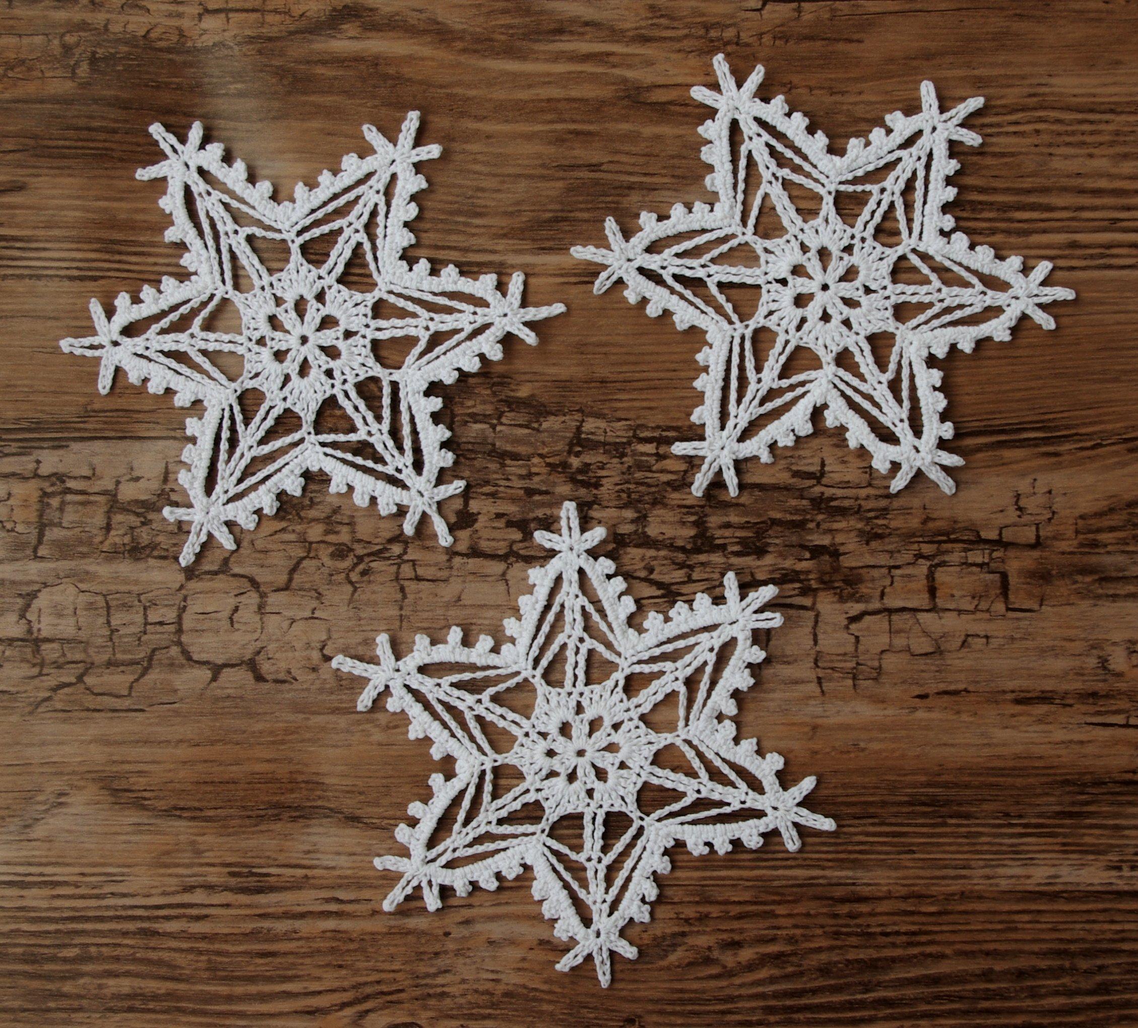 śnieżynki / gwiazdki na szydełku szydełkowe ozdoby   7050615589