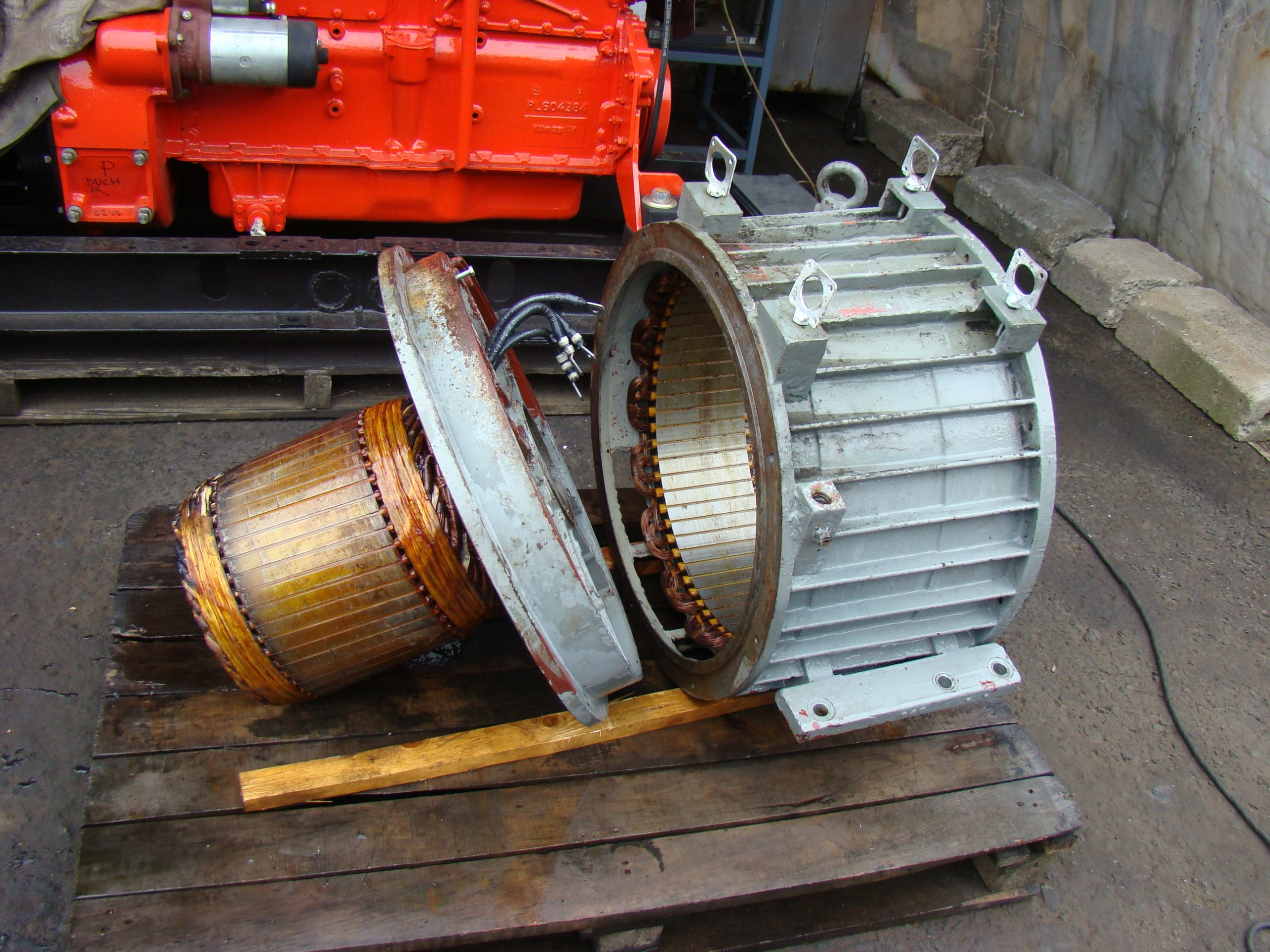 Tylko na zewnątrz Agregat prądotwórczy, prądnica - NAPRAWA - 7130111042 - oficjalne ZI19