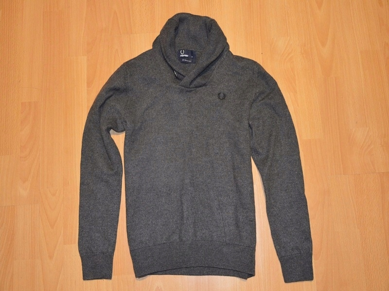 FRED PERRY ___ 100% MERINO WEŁNA__ M__