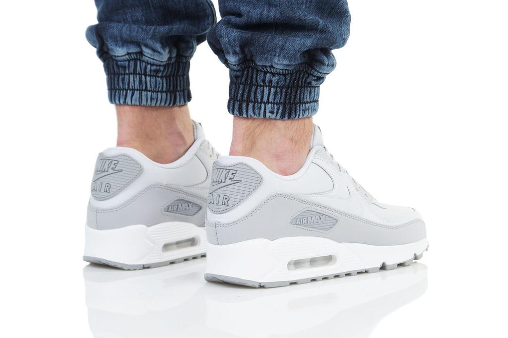 Nike Air Max 90 Essential (537384 088)
