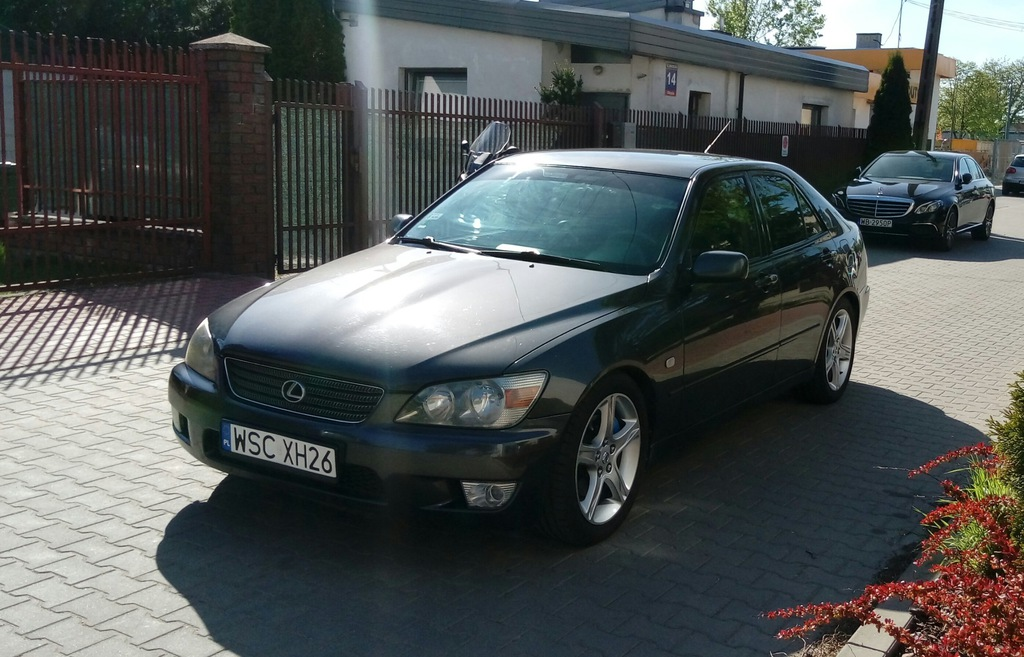 Lexus IS200 Super okazja. Benzyna z gazem.