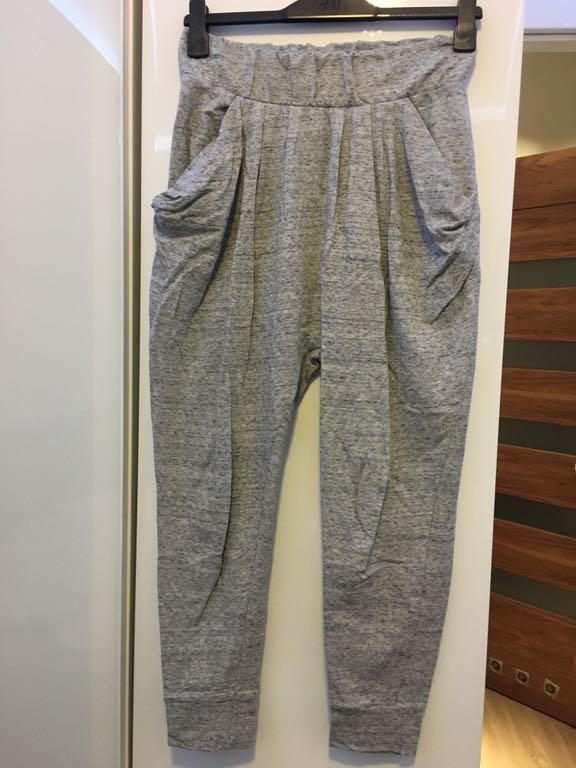 Spodnie dresowe BY INSOMNIA Lala Pants r. SM HIT