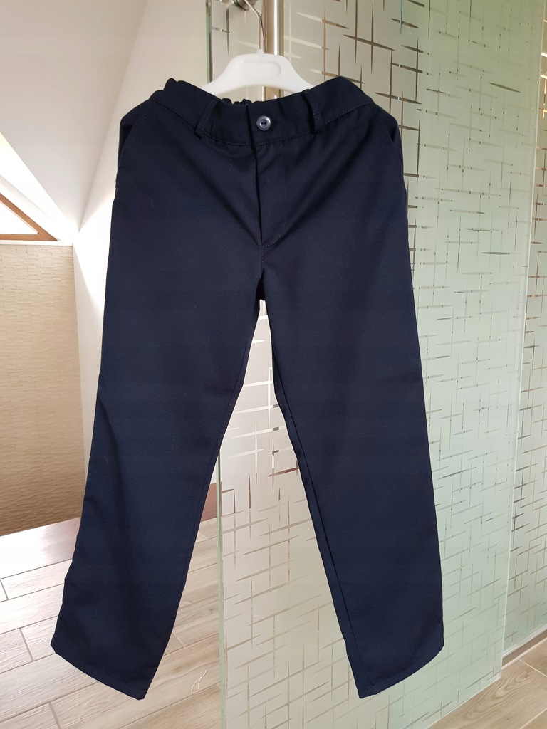 Eleganckie spodnie dla chłopca rozm 122