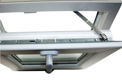 PVC OKIEN 565 x 535 BIELE FLIP