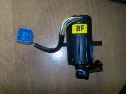 OPEL OMEGA C 2.2DTI  Potecjometr Bosch 0281002297B